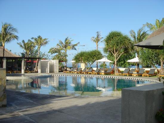 Bali Niksoma Boutique Beach Resort: Pool