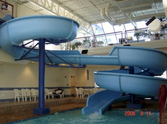 Delta Calgary South Hotel: The excellent waterslide