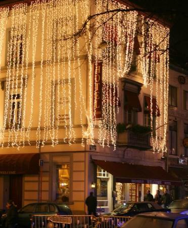 Brussels Welcome Hotel: The Welcome with Xmas Lights