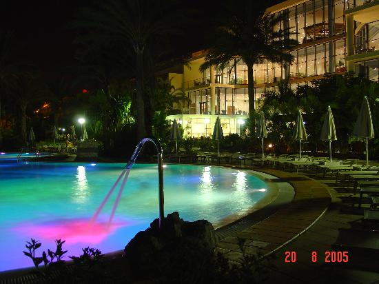 SBH Costa Calma Palace : Pool at night