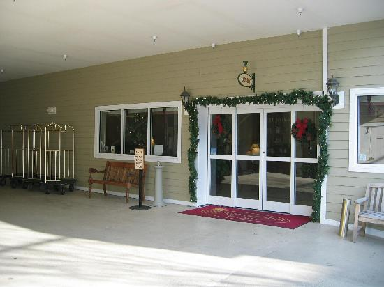 Avenue Inn & Spa : Entrance