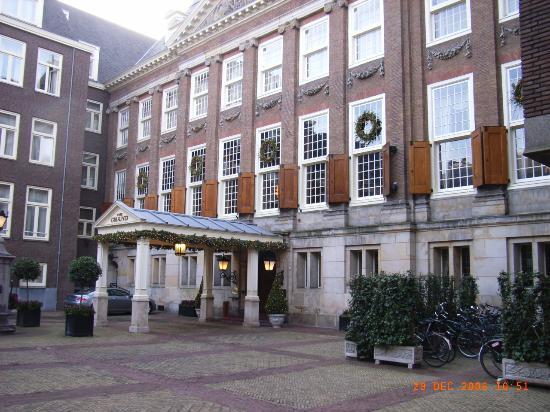 Sofitel Legend The Grand Amsterdam : Hotel entrance