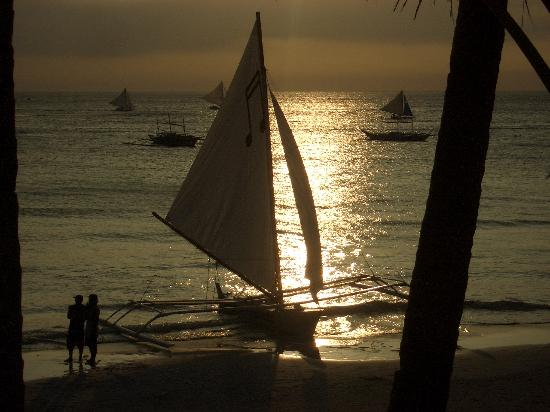Blue Lilly Villa: Moonshine over Boracay