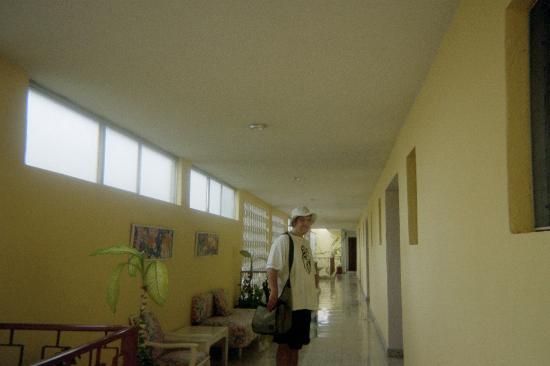 Hotel Agave Azul: upstairs lobby at Palma Dorada
