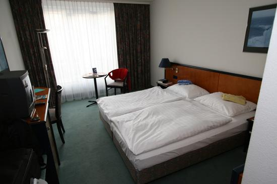 Atlantic Hotel Vegesack: Our double room.