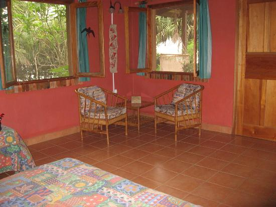 Finca El Mirador room chairs