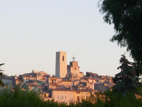 Villa St Maxime : View of St. Paul de Vence from Villa St. Maxime
