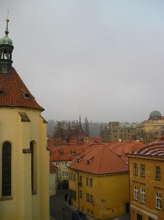 Maximilian Hotel: Daytime view, room 306