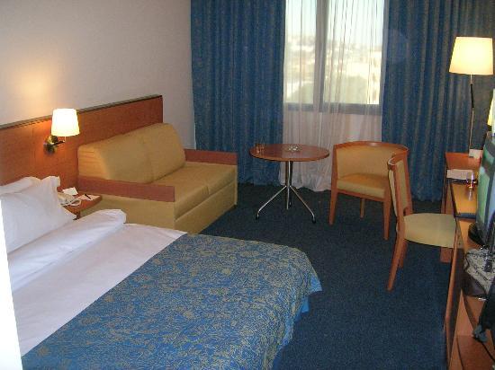 Lancaster Tamar Hotel: Double romm 6th floor
