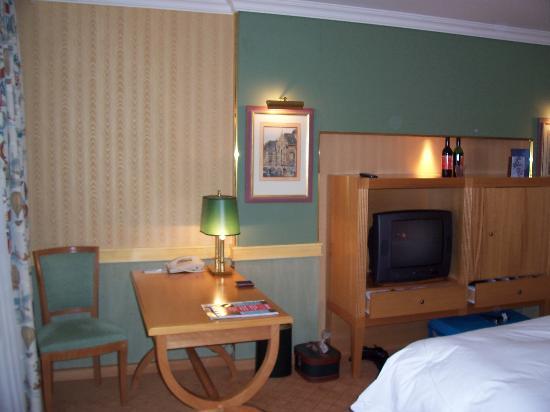 Sofitel Brussels Le Louise: Hotel Room 2