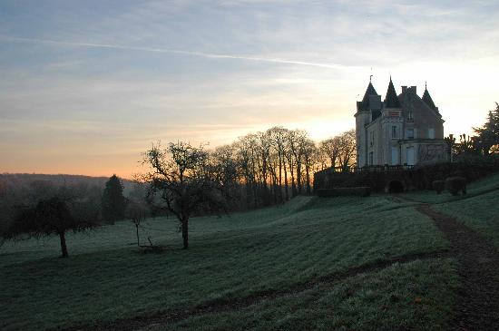 Chateau de la Villaine: Frosty morning at the Chateau