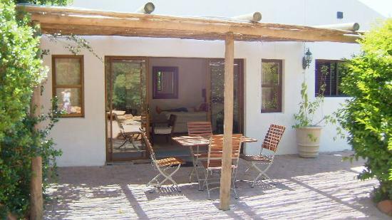 The Tarragon: jasmine cottage