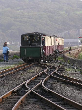 Ffestiniog & Welsh Highland Railways: The Cob