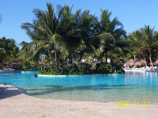 Iberostar Hacienda Dominicus: HUGE pool