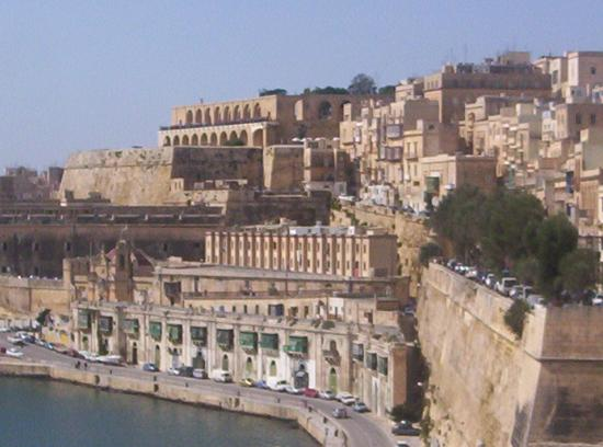 Grand Harbour, Valletta - Picture of Valletta, Island of ...