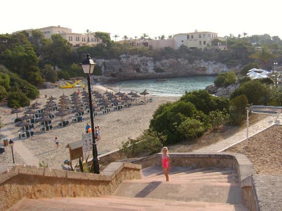 Aparthotel Ferrera Blanca: heading for the nearest beach