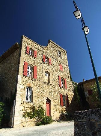 Aix-en-Provence, Frankreich: In the non-profit galleries at --- you'll find every aspect of its rich history.