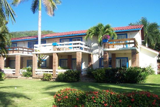 Qualton Club Ixtapa Picture