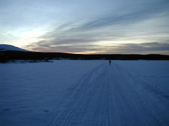 Lapland, Finland: Skiing across the lake