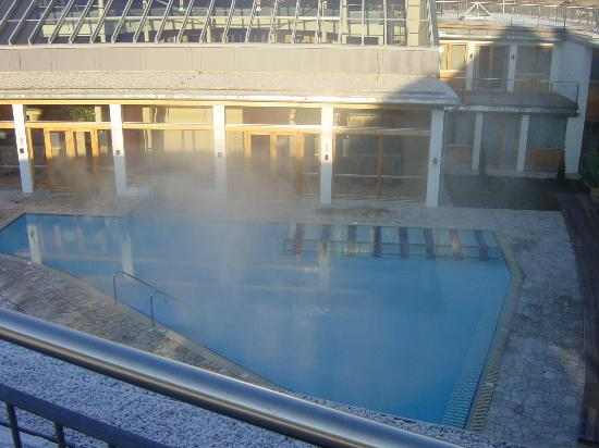 G'sund & Natur Hotel DIE WASNERIN: The indoor/outdoor pool
