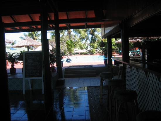 The Crow's Nest Resort: View of pool from the bar