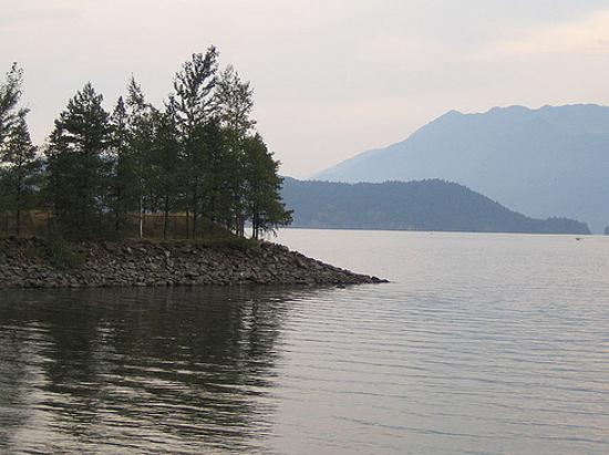 Harrison Hot Springs Resort & Spa: Lake
