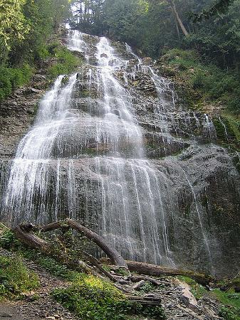Harrison Hot Springs, Kanada: Waterfall