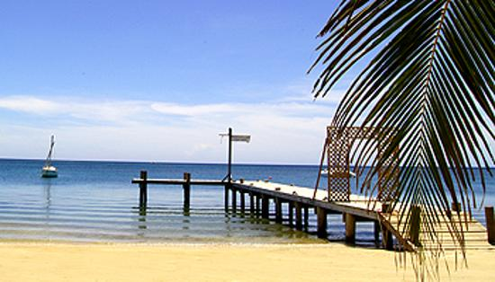 Mermaid Beach Cabins in West End, Roatan