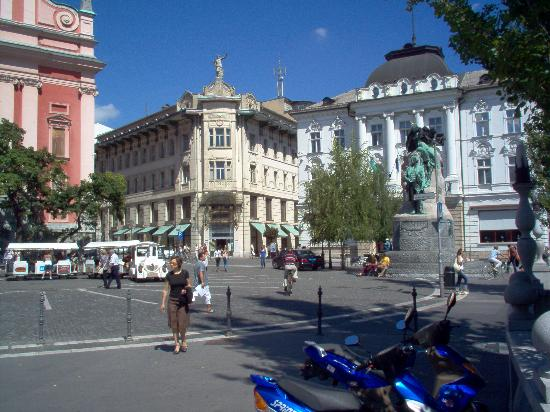 Liubliana, Eslovenia: Presernov Trg (Presern Square)