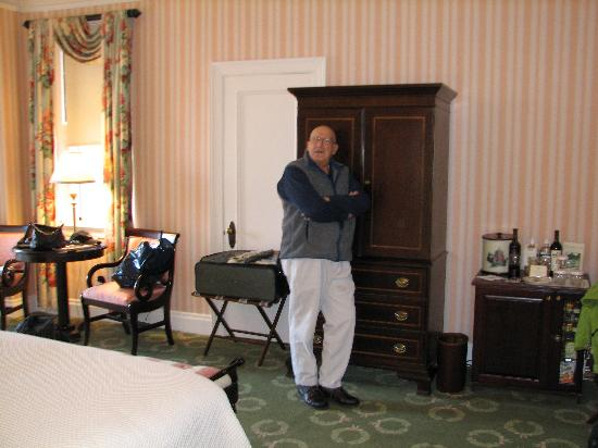 The Omni Homestead Resort: bedrrom