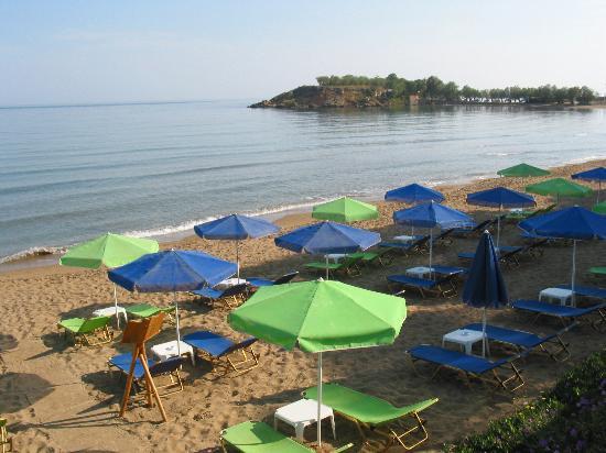 Ammos Hotel: The beach