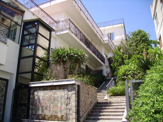 Villa esperia