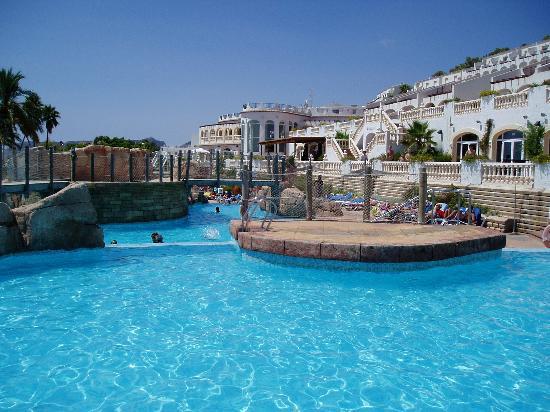 Imperar piscinas picture of ar imperial park spa resort for Piscinas calpe
