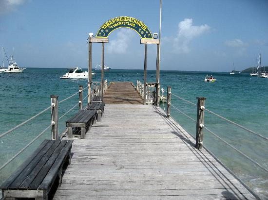 Tamarind Beach Hotel & Yacht Club: Jetty