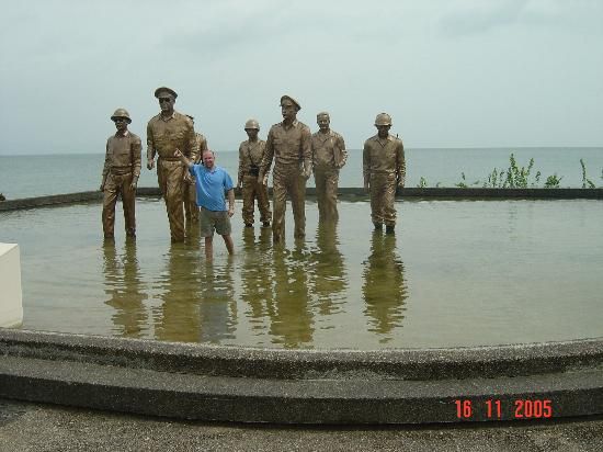Leyte Park Resort Hotel: The Nearby McArthur Landing Memorial- I shall return!
