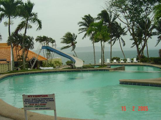 Leyte Park Resort Hotel The Pool Large And Deep