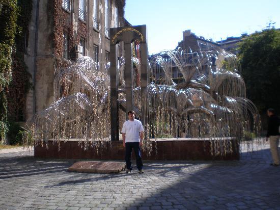 Hotel Parlament: Holocaust Memorial