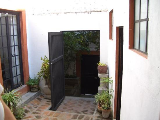 Casita de las Flores: Back Entrance
