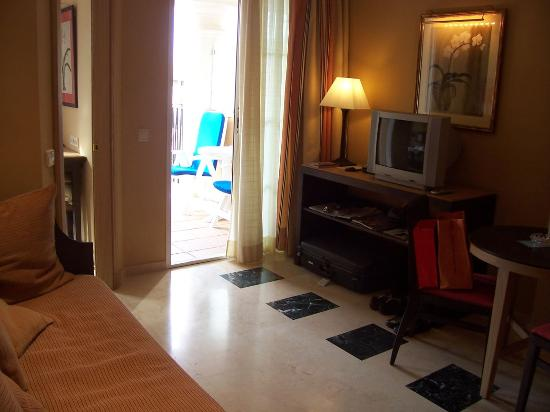 Grupotel Playa de Palma Suites & Spa: Living Room