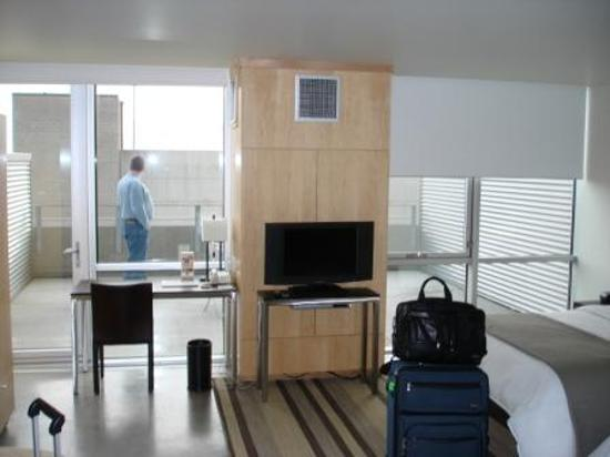 Imagen de hotelVetro: studio suites & convention center