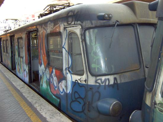 Flaminius Hotel : Example of the trains and metros that circulate in Rome