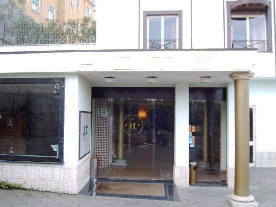 Flaminius Hotel : The Hotel