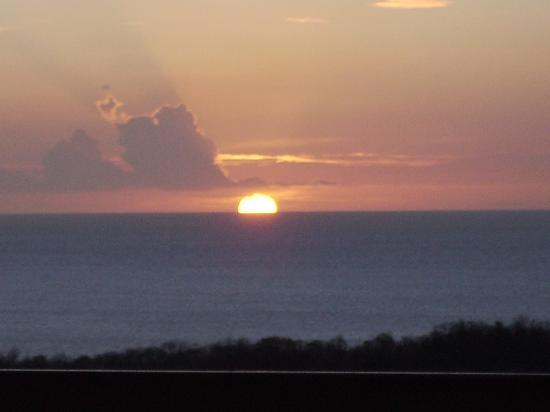 Domaine de l'Anse Ramier: Coucher de soleil pris de notre terrasse