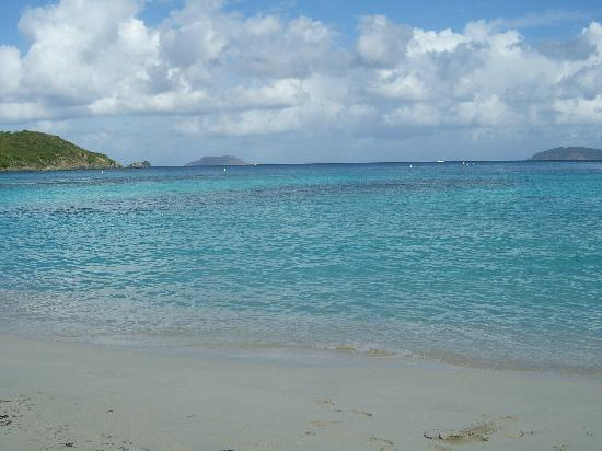 Hawksnest Beach: Hawksnest Bay