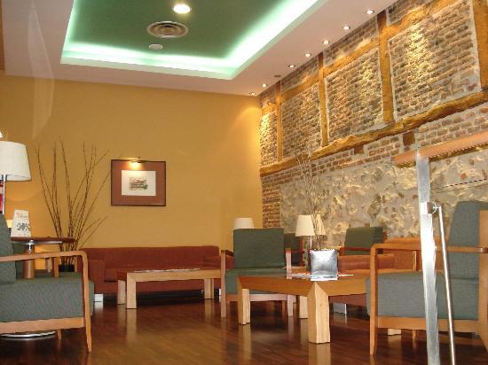 Hotel Victoria 4 : lobby - sitting room