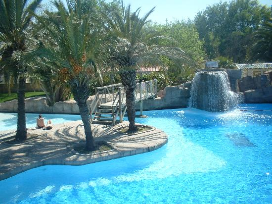 Camping La Sirene: Pool in La Sirene