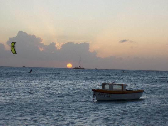 Aruba Beach Villas: Sailboarding & Water sports