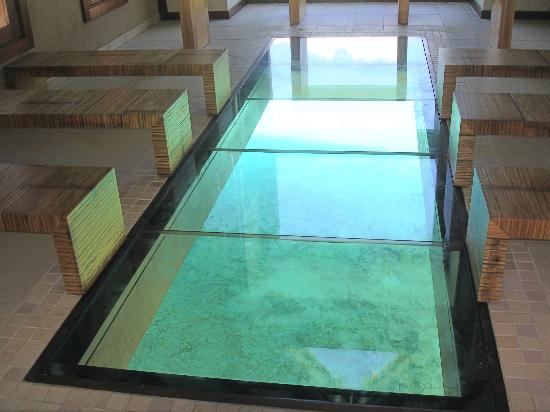 InterContinental Bora Bora Resort & Thalasso Spa: Inside chapel