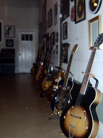 Memphis, TN : Guitars that made history