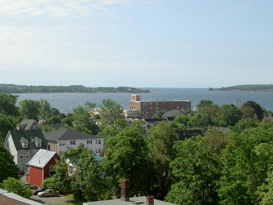 Rodd Charlottetown: Roof-top garden overlooking the harbour